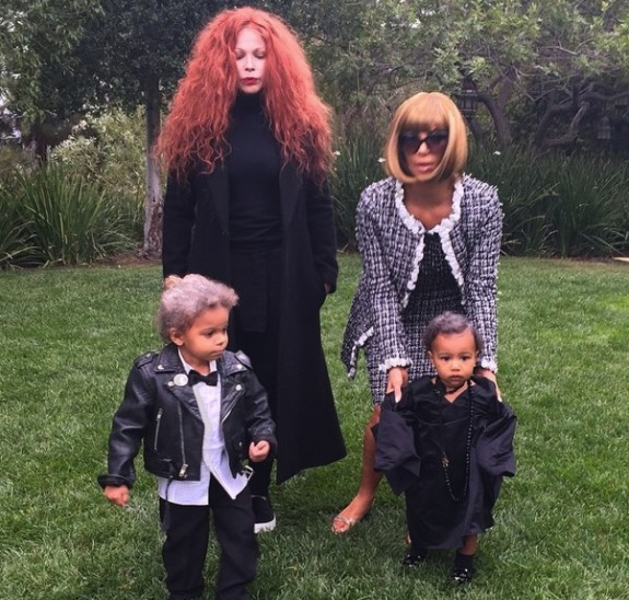 Kim Kardashian and Joyce Bonelli dress as Anna Wintour and Grace Coddington for Halloween
