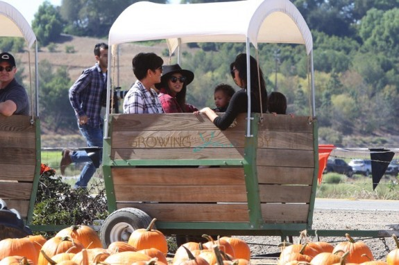 Kim and Kourtney Kardashian at Moorpark Farm  with their kids and mom