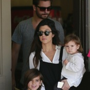 Kourtney Kardashian & Scott Disick Lunch With Their Littles in Calabasas