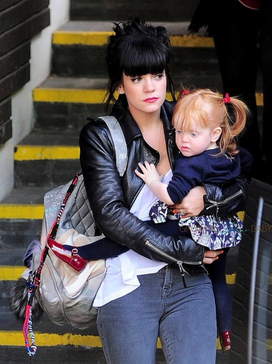 Lily Allen with daughter Ethel at ITV studios