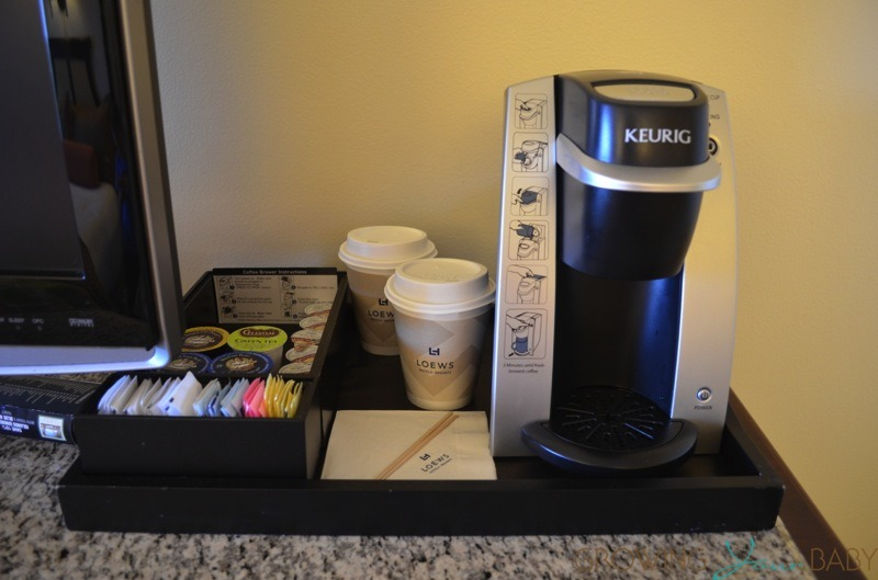 Loews Royal Pacific Resort - keurig machilne