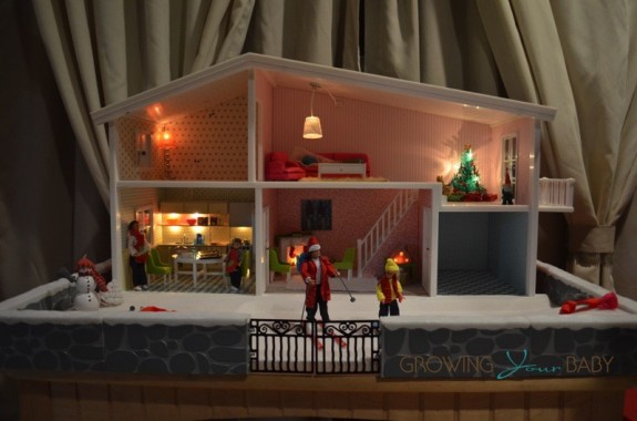 Lundby smaland doll house dressed for the holidays