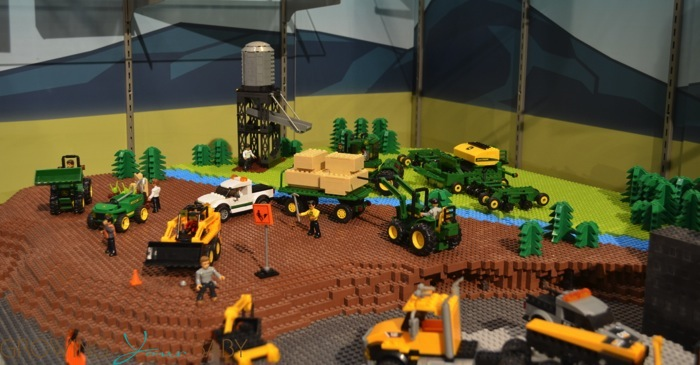Mega Bloks John Deere Collection Growing Your Baby