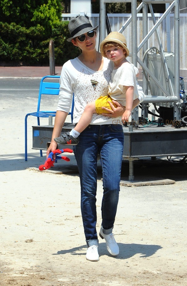 Marion Cotillard With Son Marcel Canet At Cannes During