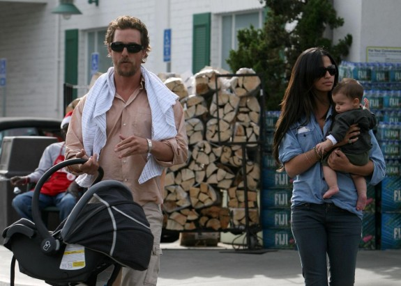 Actor Matthew McConaughey and model Camila Alves enjoy lunch with their 5 month old baby Levi McConaughey at Bristol Farms