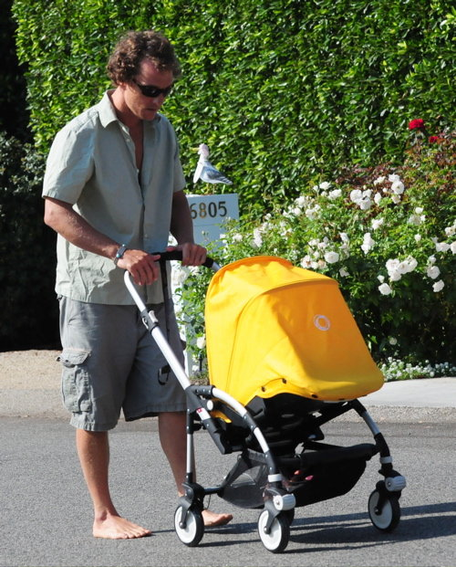 Matthew Mcconaughey pushes his son bugaboo bee