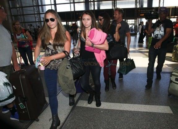 Megan, Holly, Tana and Gordon Ramsay at LAX