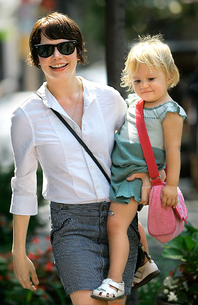 Michelle Williams and Matilda Ledger