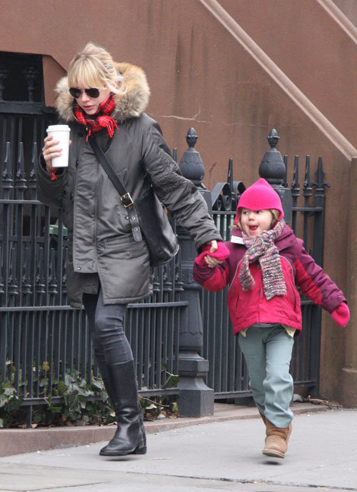 Michelle Williams and Matilda back home!