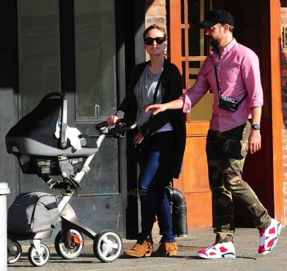 Olivia Wilde and Jason Sudeikis out in NYC with son Otis