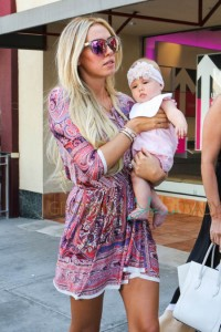 Petra Ecclestone, baby Lavinia and sister Tamara enjoy a family day out