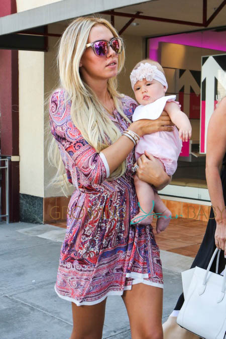 Petra Ecclestone Baby Lavinia And Sister Tamara Enjoy A Family Day Out Growing Your Baby