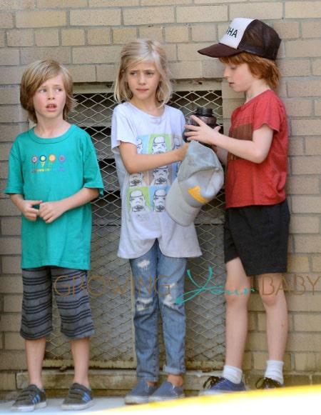 "Julia Roberts' Kids Visit ""The Normal Heart"" Set"