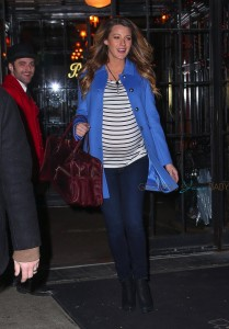 Pregnant Blake Lively steps out in New York City