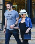 Pregnant Christina Aguilera out with fiance Matt Rutler