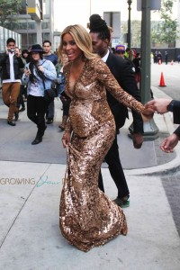 Pregnant Ciara Arrives at the 2014 Grammy Awards