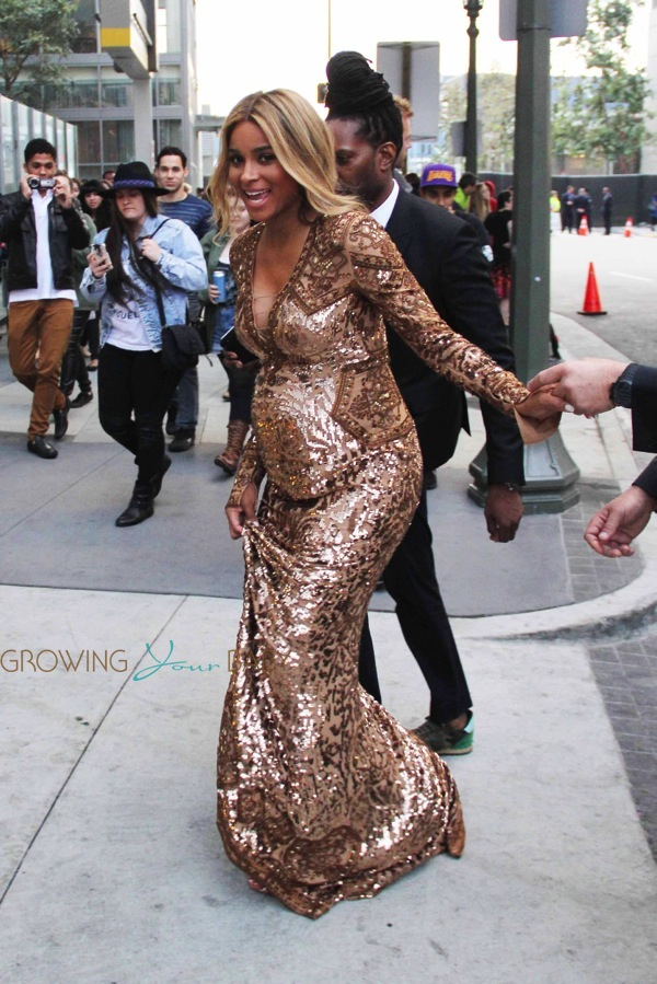 Pregnant Ciara Arrives At The 2014 Grammy Awards Growing