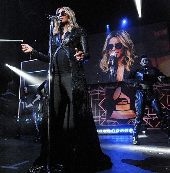 Pregnant Ciara performs at the Grammys
