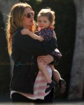 Pregnant Drew Barrymore with daughter Olive Kopelman