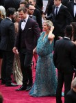 Pregnant Elsa Pataky and Chris Hemsworth on the red carpet at the Oscars 2014