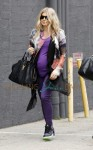 A pregnant Fergie going to a music studio in Santa Monica