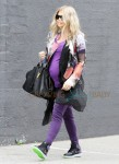 Fergie looking very pregnant runs some errands in Santa Monica, CA