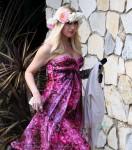 Pregnant Gwen Stefani Attends a baby shower in LA