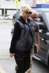Pregnant Gwen Stefani at the doctors checkup