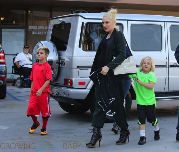 Pregnant Gwen Stefani grabs some ice cream with her boys Kingston and Zuma