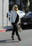 Pregnant Gwen Stefani out for lunch in LA