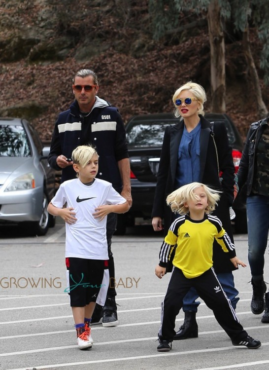 Pregnant Gwen Stefani out with Gavin, Zuma and Kingston Rossdale