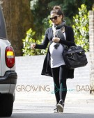 Pregnant Jenna Dewan Leaves Her London Home