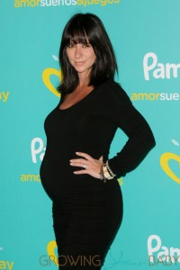 "Pregnant Jennifer Love Hewitt at Pampers ""Love Sleep & Play"" Campaign Event"