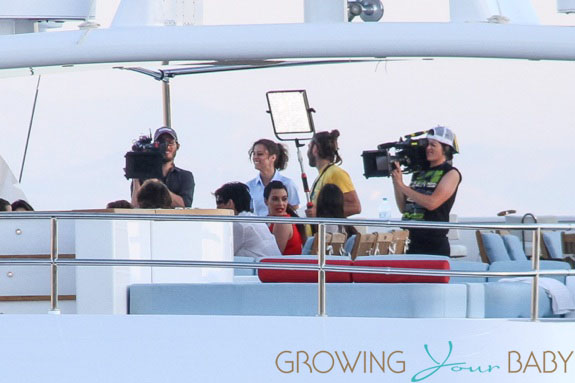 Pregnant Kim Kardashian films tv show in Greece
