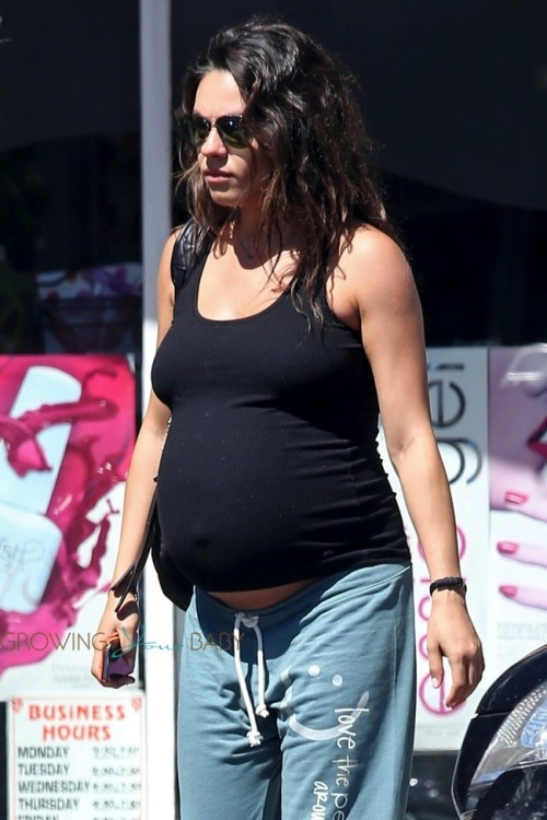 Pregnant Mila Kunis out at the nail salon Sept.10