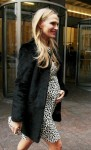 Pregnant Molly Sims out in NYC
