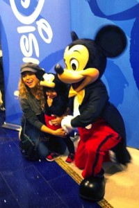 Pregnant Shakira with her son Milan at the Disney Store