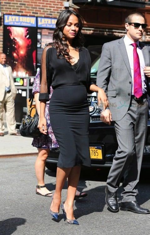 Pregnant Zee Saldana arrives at David Letterman Show