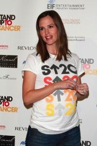 Pregnant jennifer garner stand up to cancer 08