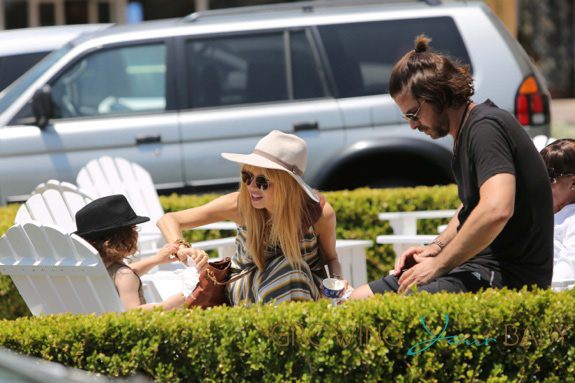 Rachel Zoe and husband Rodger Berman treat their son Skylar to frozen yogurt in Los Angeles