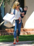 Reese Witherspoon & Son Tennessee Stop By A Friends House