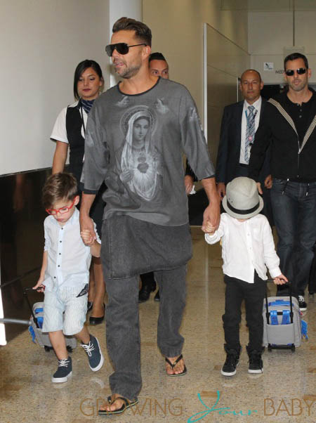 Ricky martin lands in sydney with his son matteo and valentino m4hsunfo