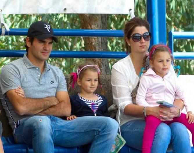 Roger and Mirka Federer with twins Charlene and Myla