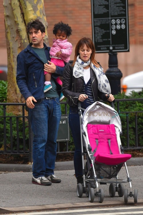 Ron Livingston Strolls With His Family in SoHo