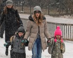 Sarah Jessica Parker does the school run with daughters Marion and Tabitha