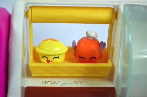 Shopkins Spin Mix Bakery characters