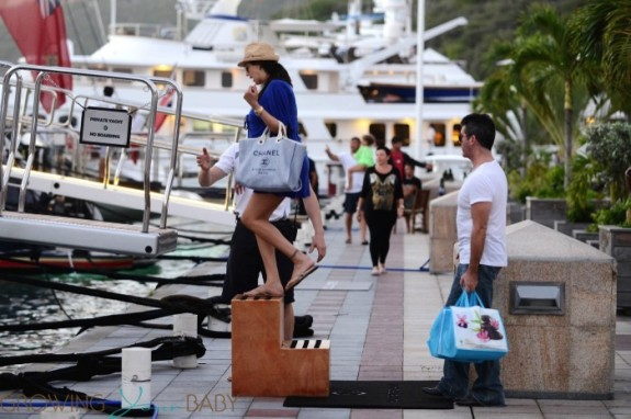 Simon Cowell & a very pregnant Lauren Silverman board a yacht after shoping in Saint Barts
