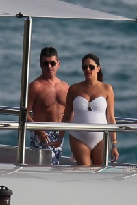 Simon Cowell & a very pregnant Lauren Silverman on a Yacht in Saint Barts