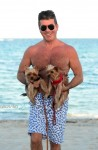 Simon Cowell with dogs in Miami