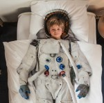 Snurk childrens astronaut bedding
